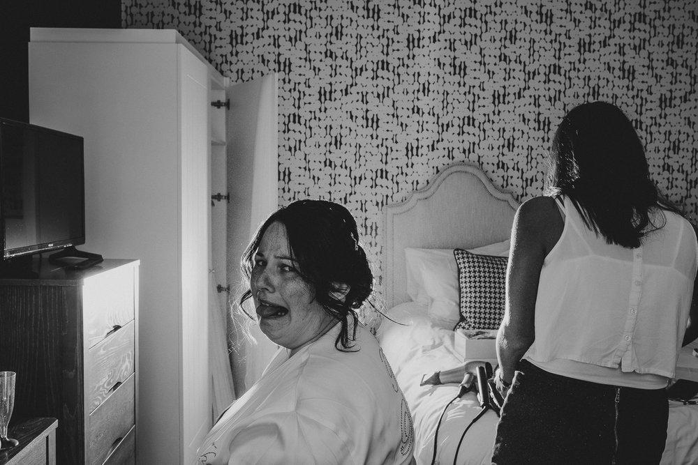 CORNWALL-WEDDING-PHOTOGRAPHER-113.jpg