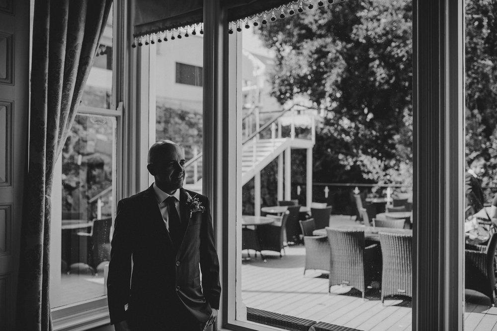 CORNWALL-WEDDING-PHOTOGRAPHER-118.jpg