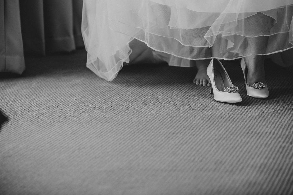CORNWALL-WEDDING-PHOTOGRAPHER-123.jpg