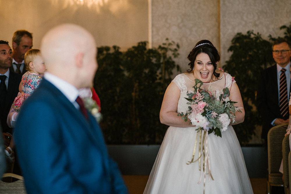 CORNWALL-WEDDING-PHOTOGRAPHER-132.jpg