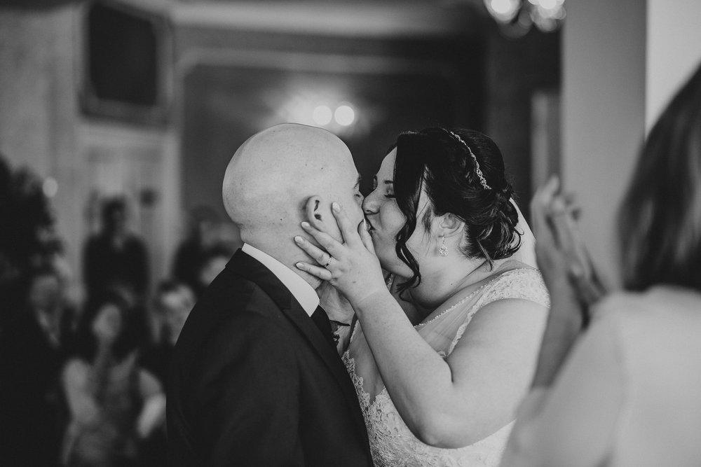 CORNWALL-WEDDING-PHOTOGRAPHER-135.jpg