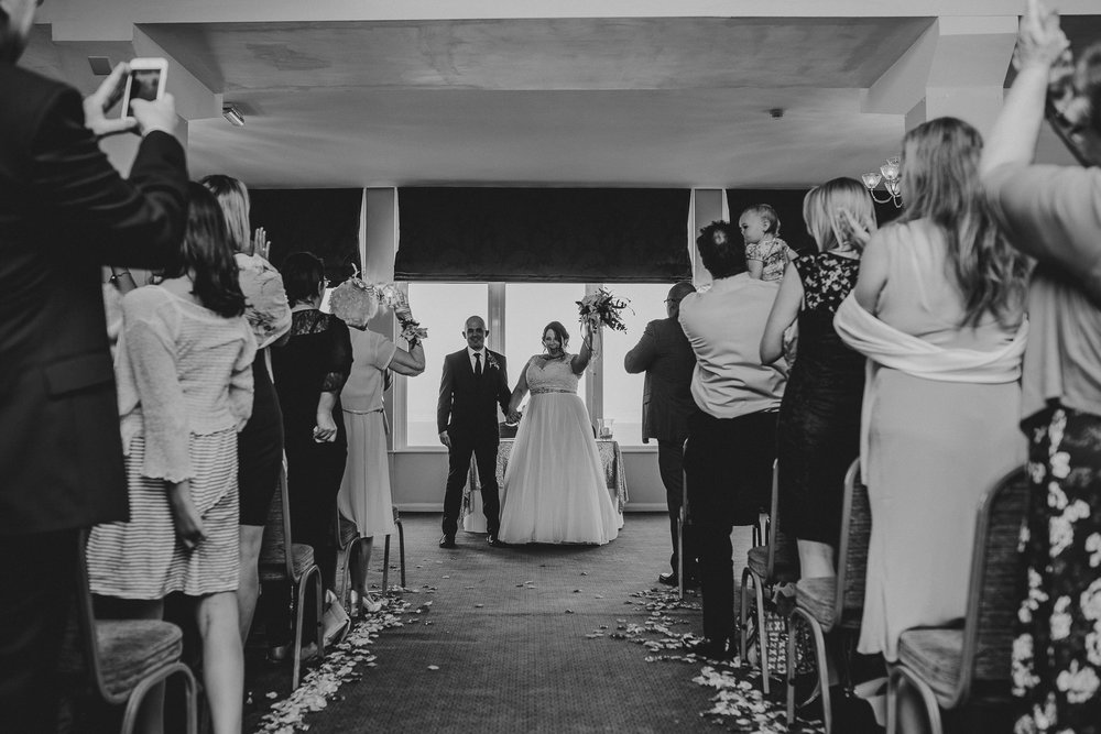 CORNWALL-WEDDING-PHOTOGRAPHER-138.jpg