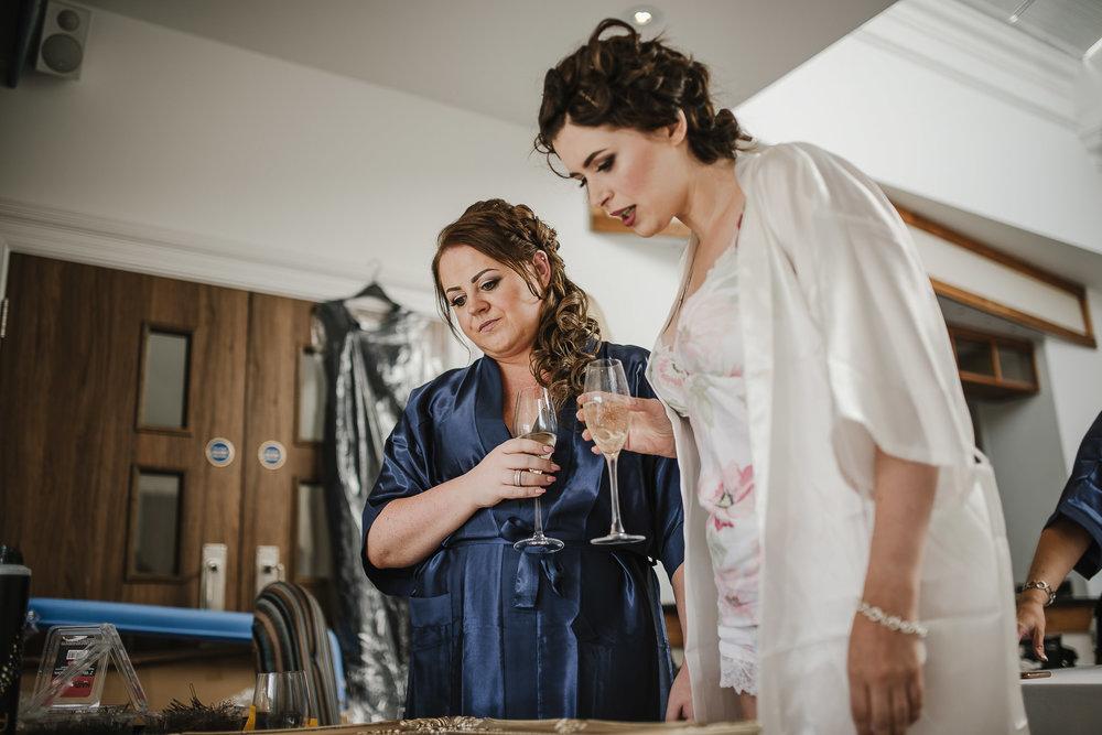 CORNWALL-WEDDING-PHOTOGRAPHER-2487.jpg