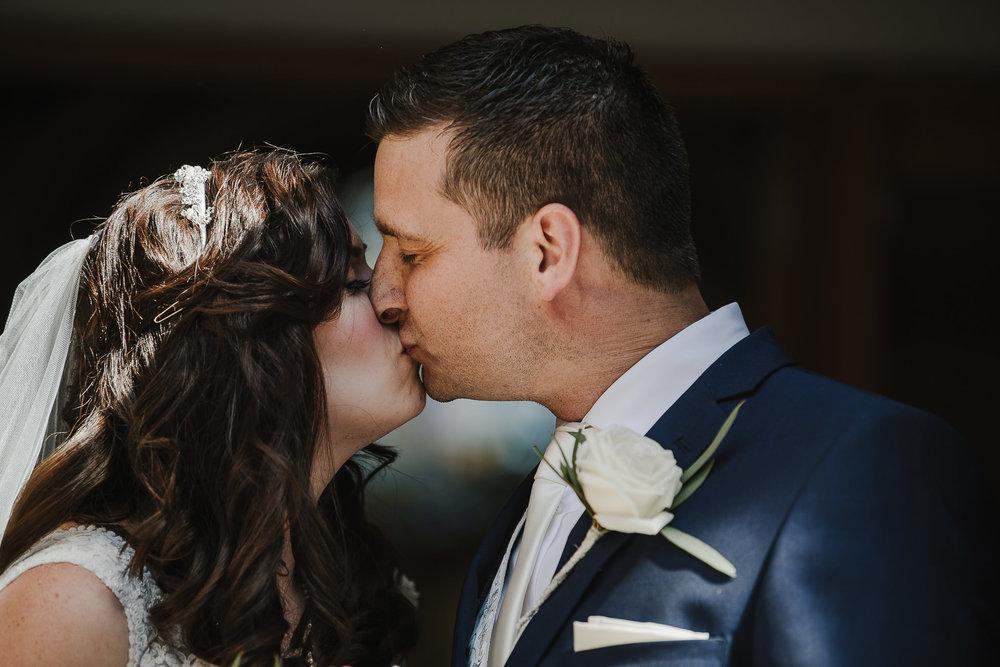 CORNWALL-WEDDING-PHOTOGRAPHER-2518.jpg