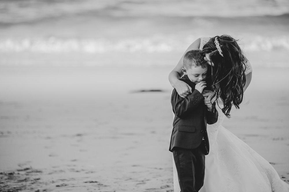 CORNWALL-WEDDING-PHOTOGRAPHER-2567.jpg