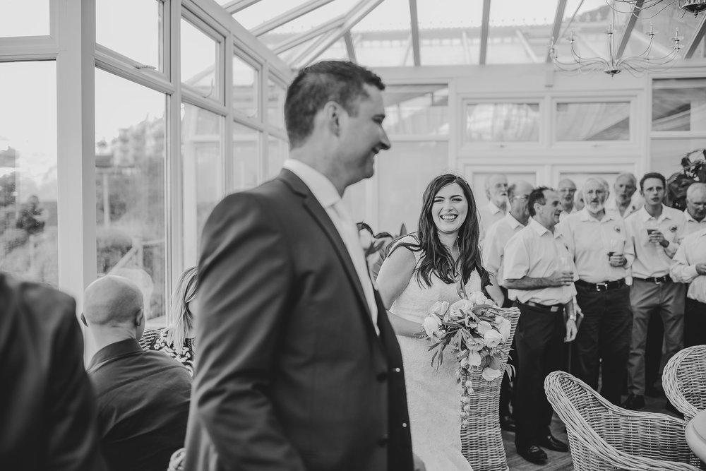 CORNWALL-WEDDING-PHOTOGRAPHER-2595.jpg