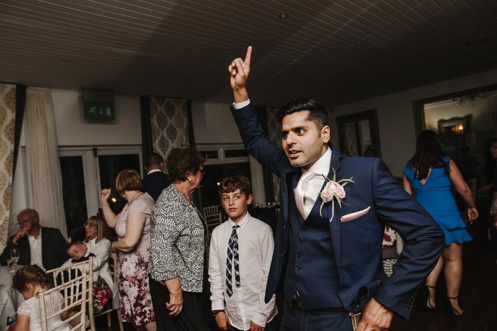 CORNWALL-WEDDING-PHOTOGRAPHER-2610.jpg