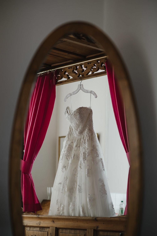 CORNWALL-WEDDING-PHOTOGRAPHER-2273.jpg