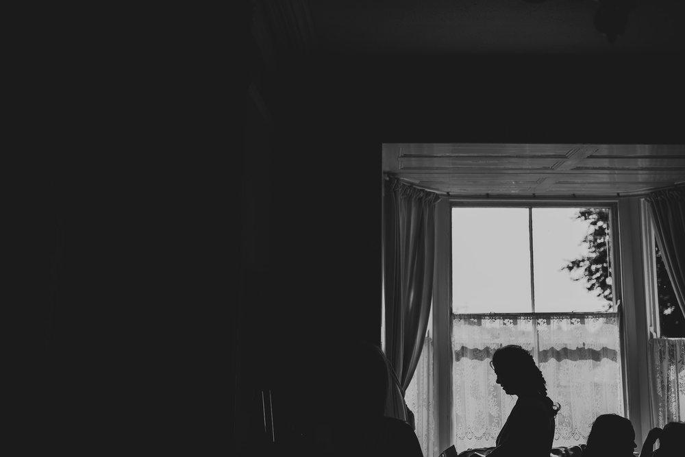 CORNWALL-WEDDING-PHOTOGRAPHER-2300.jpg