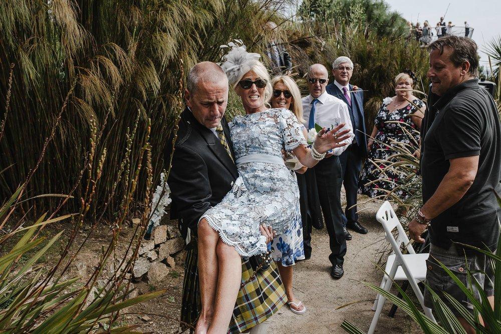 CORNWALL-WEDDING-PHOTOGRAPHER-2326.jpg