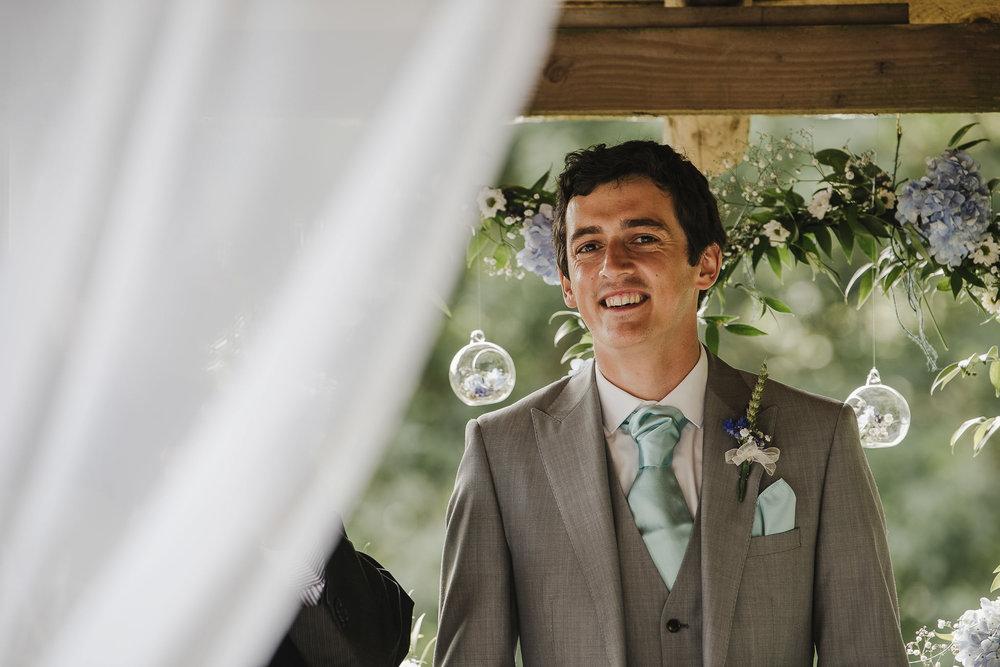 CORNWALL-WEDDING-PHOTOGRAPHER-2335.jpg