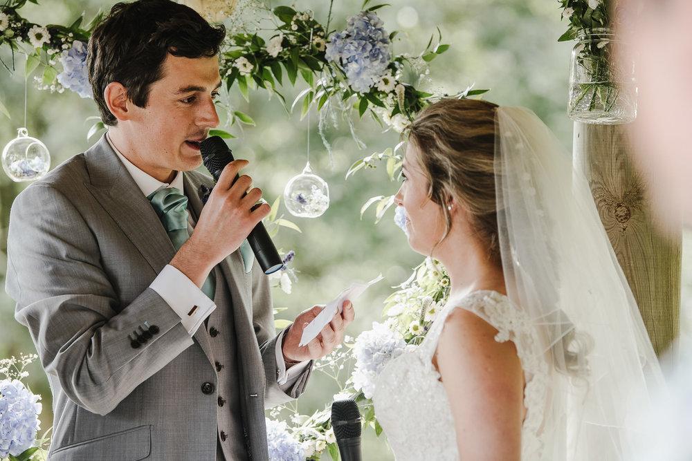 CORNWALL-WEDDING-PHOTOGRAPHER-2340.jpg