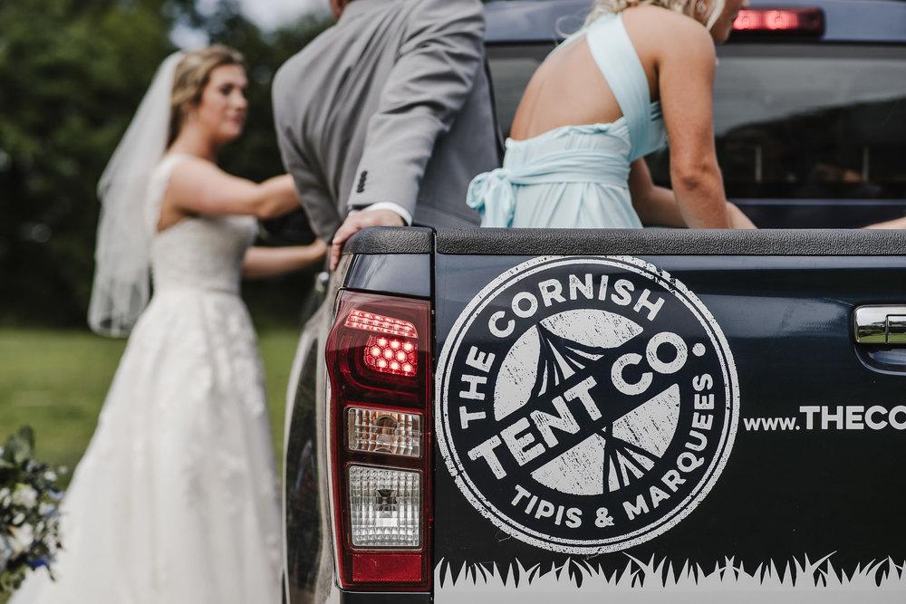 CORNWALL-WEDDING-PHOTOGRAPHER-2353.jpg