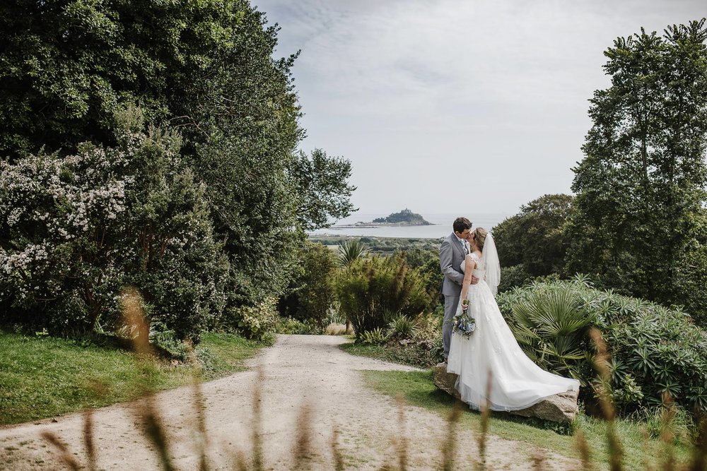 CORNWALL-WEDDING-PHOTOGRAPHER-2359.jpg
