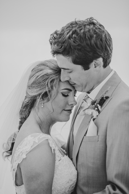 CORNWALL-WEDDING-PHOTOGRAPHER-2363.jpg