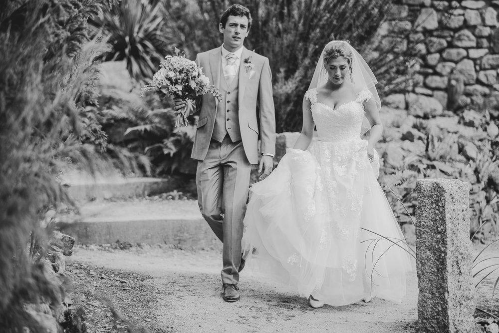 CORNWALL-WEDDING-PHOTOGRAPHER-2370.jpg
