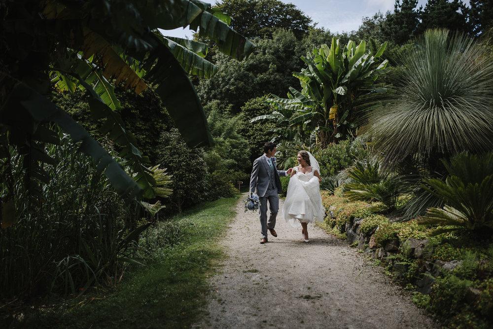 CORNWALL-WEDDING-PHOTOGRAPHER-2383.jpg