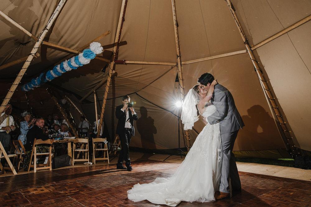 CORNWALL-WEDDING-PHOTOGRAPHER-2427.jpg