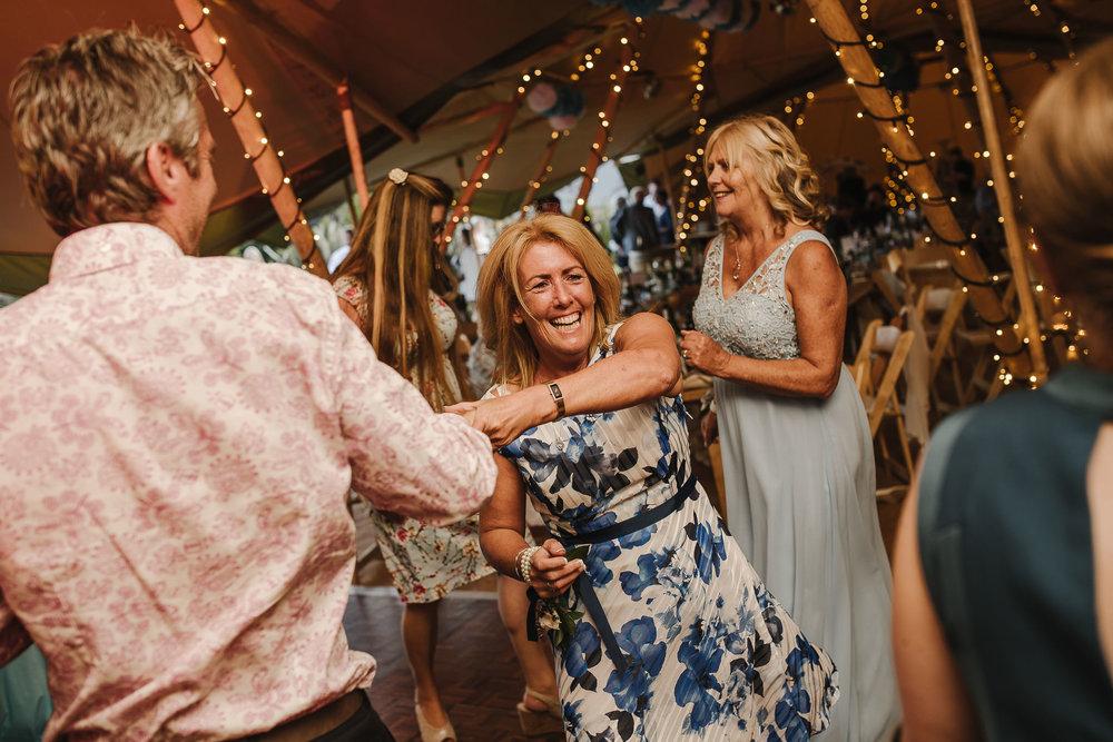 CORNWALL-WEDDING-PHOTOGRAPHER-2445.jpg