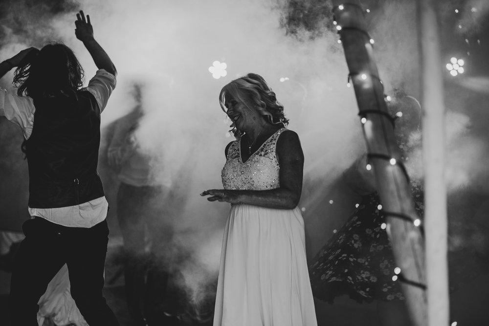 CORNWALL-WEDDING-PHOTOGRAPHER-2447.jpg