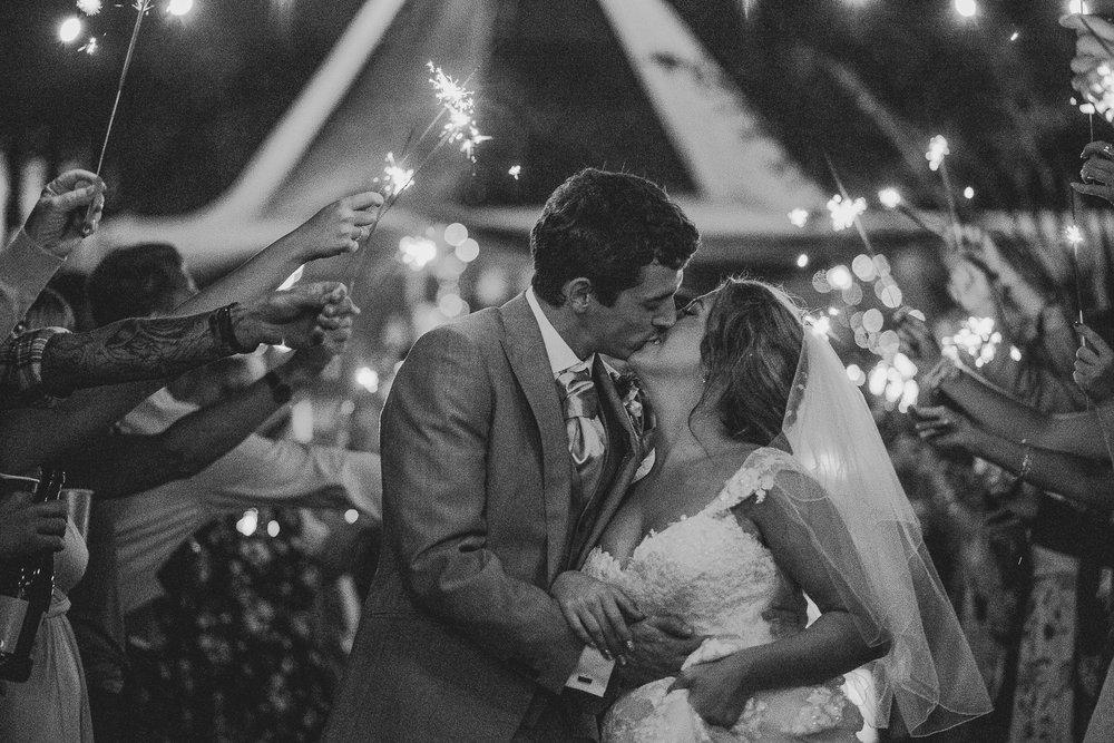 CORNWALL-WEDDING-PHOTOGRAPHER-2464.jpg