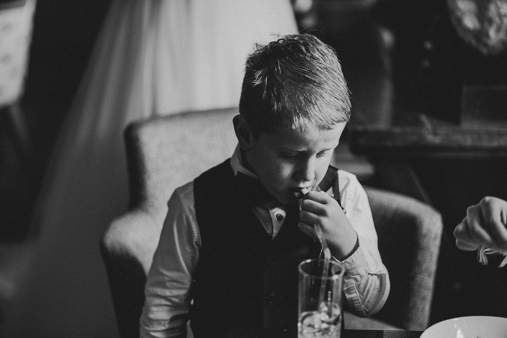 CORNWALL-WEDDING-PHOTOGRAPHER-3021.jpg