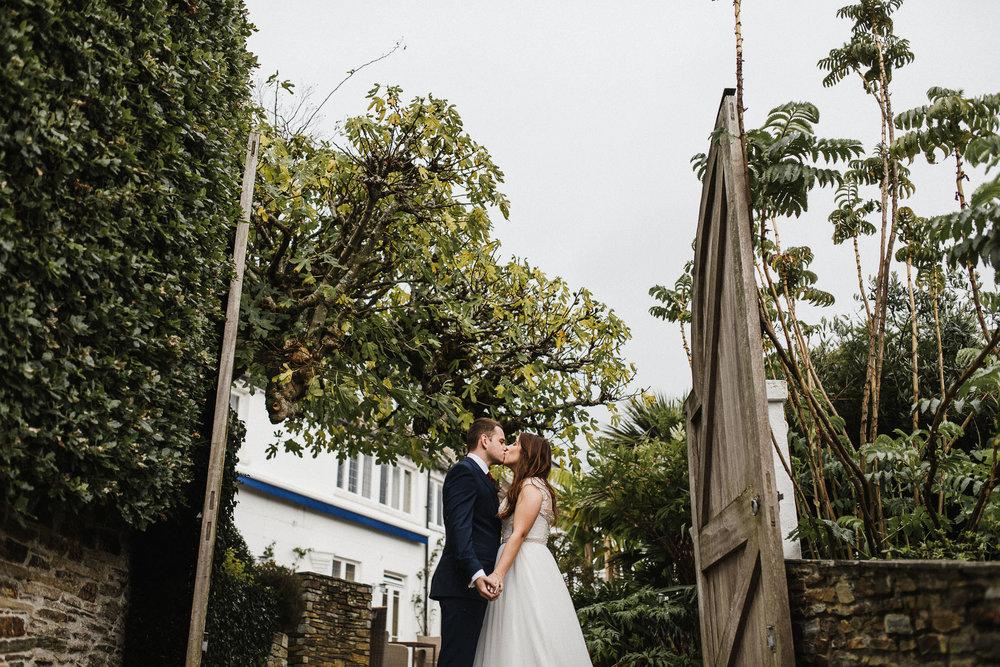 CORNWALL-WEDDING-PHOTOGRAPHER-3029.jpg