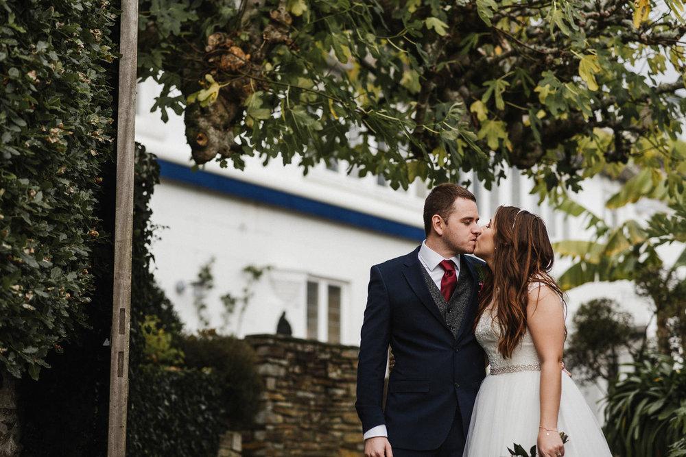 CORNWALL-WEDDING-PHOTOGRAPHER-3030.jpg