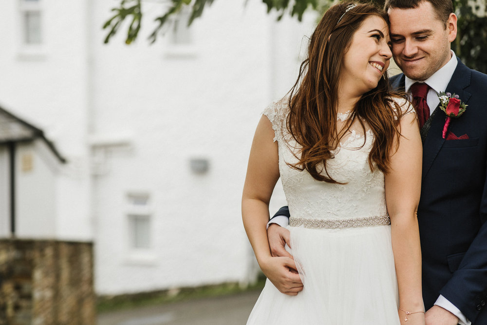 CORNWALL-WEDDING-PHOTOGRAPHER-3038.jpg