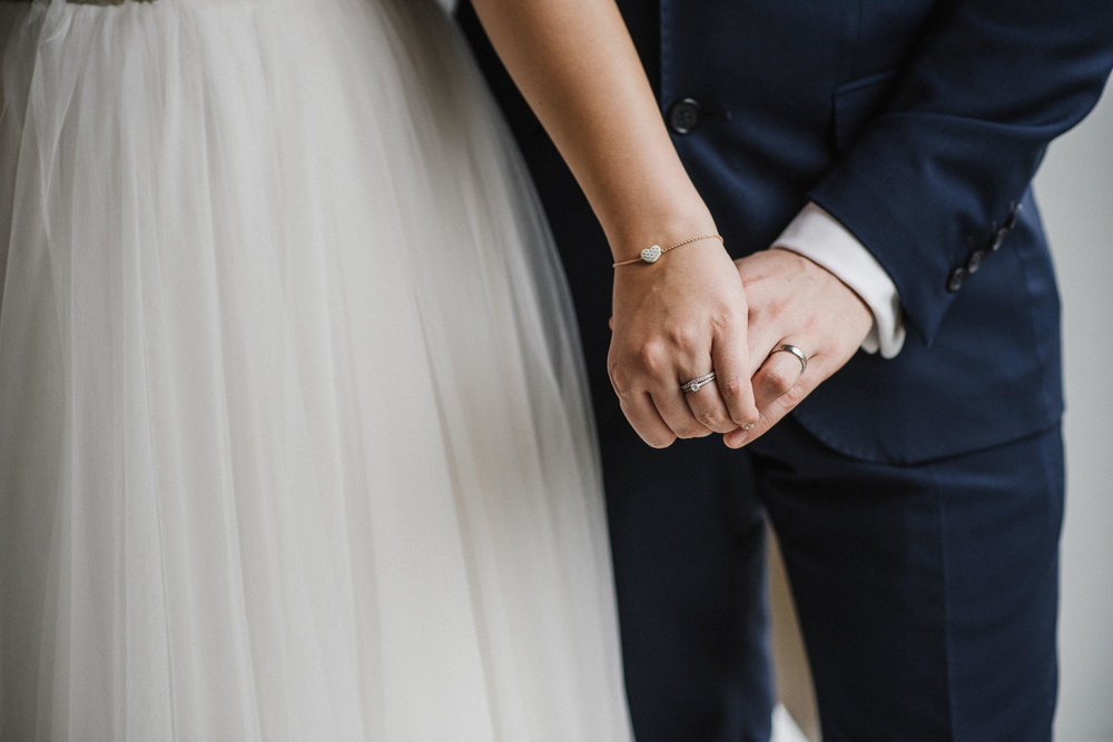 CORNWALL-WEDDING-PHOTOGRAPHER-3048.jpg