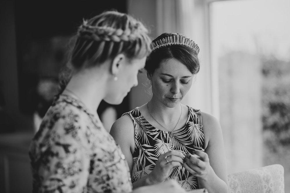 CORNWALL-WEDDING-PHOTOGRAPHER-2806.jpg