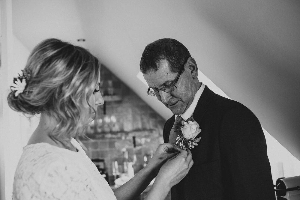 CORNWALL-WEDDING-PHOTOGRAPHER-26.jpg