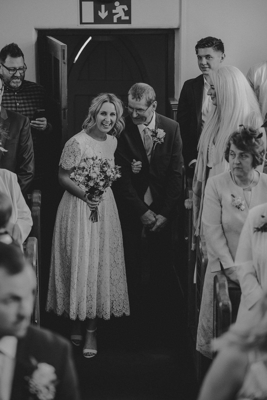 CORNWALL-WEDDING-PHOTOGRAPHER-31.jpg