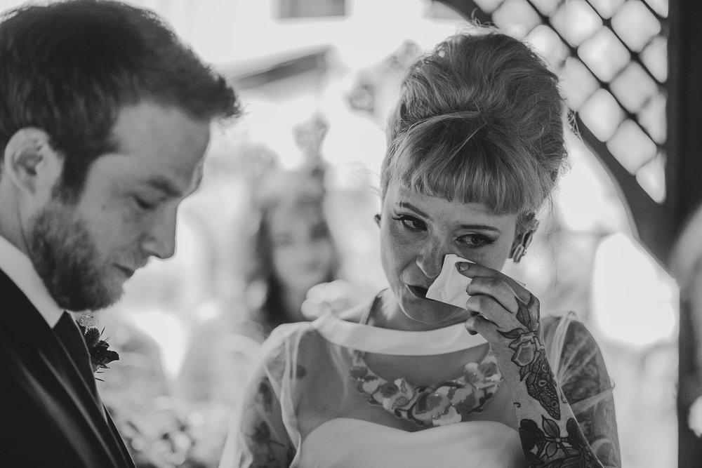 CORNWALL-WEDDING-PHOTOGRAPHER-2688.jpg