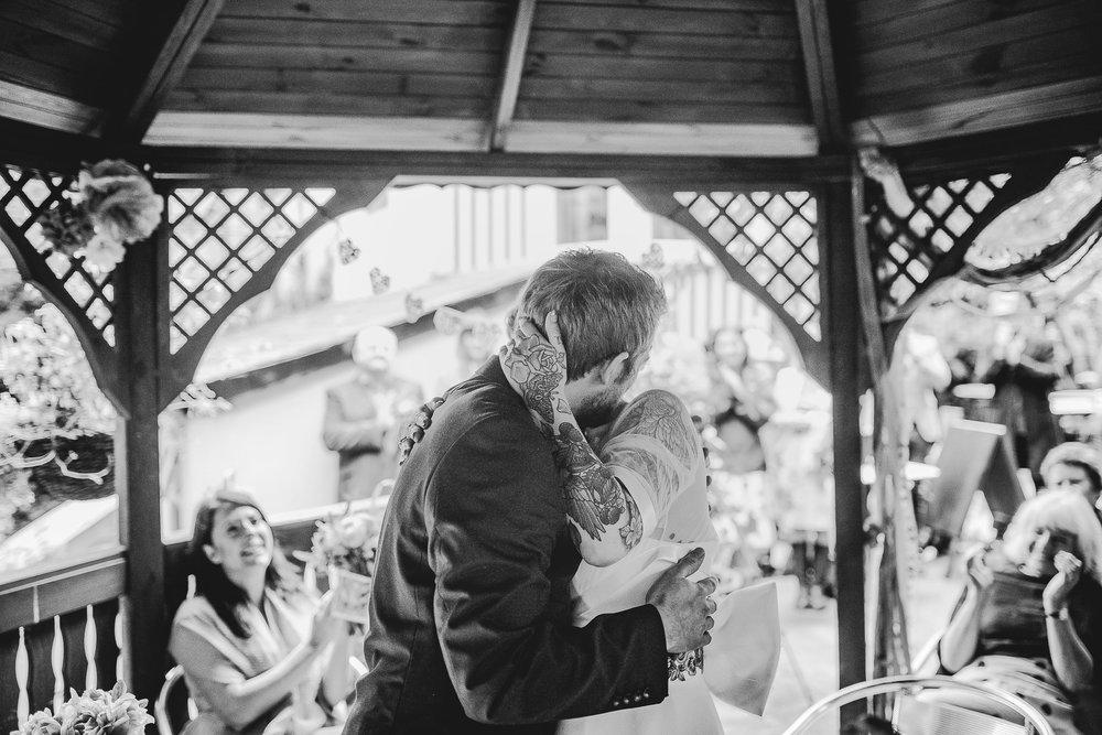 CORNWALL-WEDDING-PHOTOGRAPHER-2691.jpg