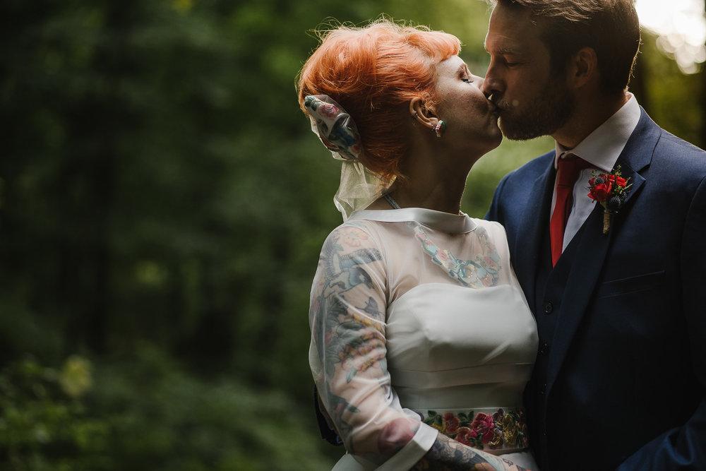 CORNWALL-WEDDING-PHOTOGRAPHER-2717.jpg