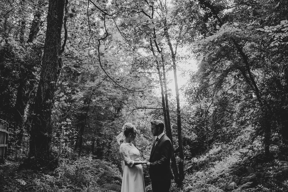 CORNWALL-WEDDING-PHOTOGRAPHER-2715.jpg