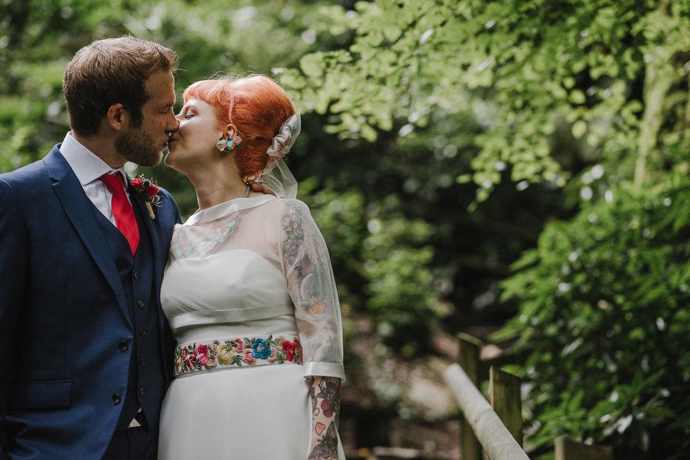 CORNWALL-WEDDING-PHOTOGRAPHER-2721.jpg