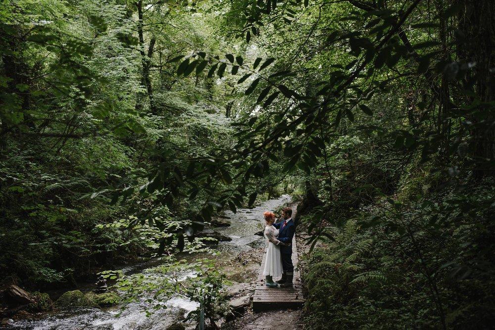 CORNWALL-WEDDING-PHOTOGRAPHER-2723.jpg