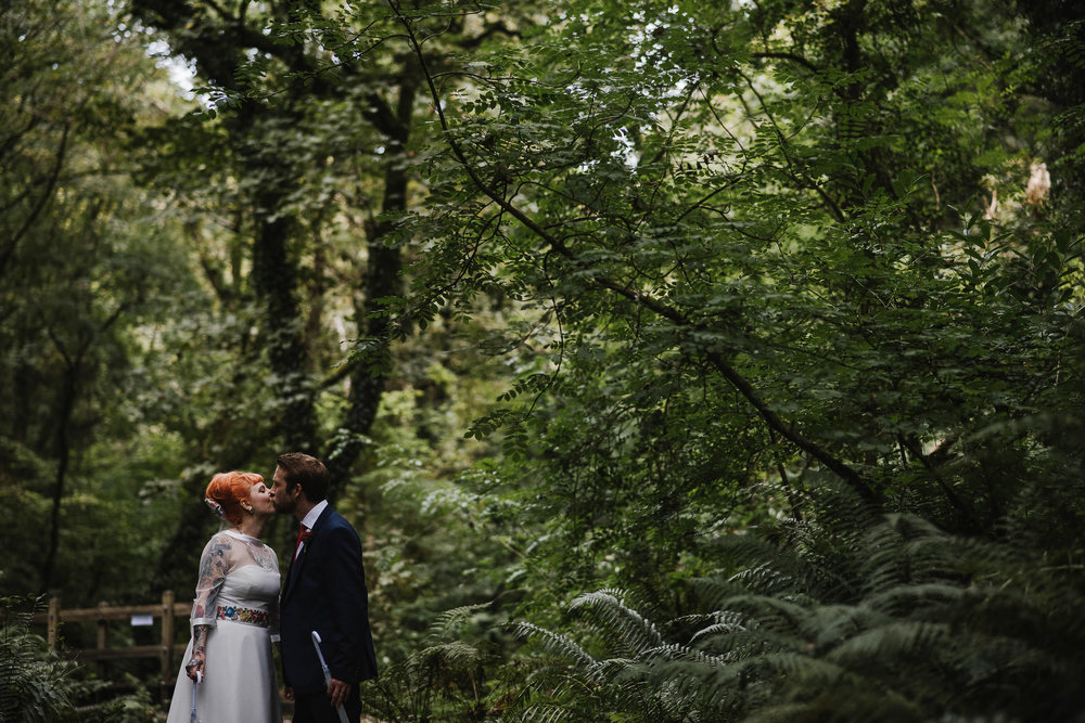CORNWALL-WEDDING-PHOTOGRAPHER-2730.jpg