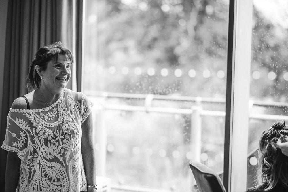 CORNWALL-WEDDING-PHOTOGRAPHER-1287.jpg