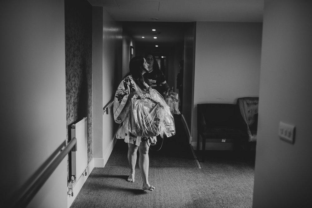 CORNWALL-WEDDING-PHOTOGRAPHER-1291.jpg