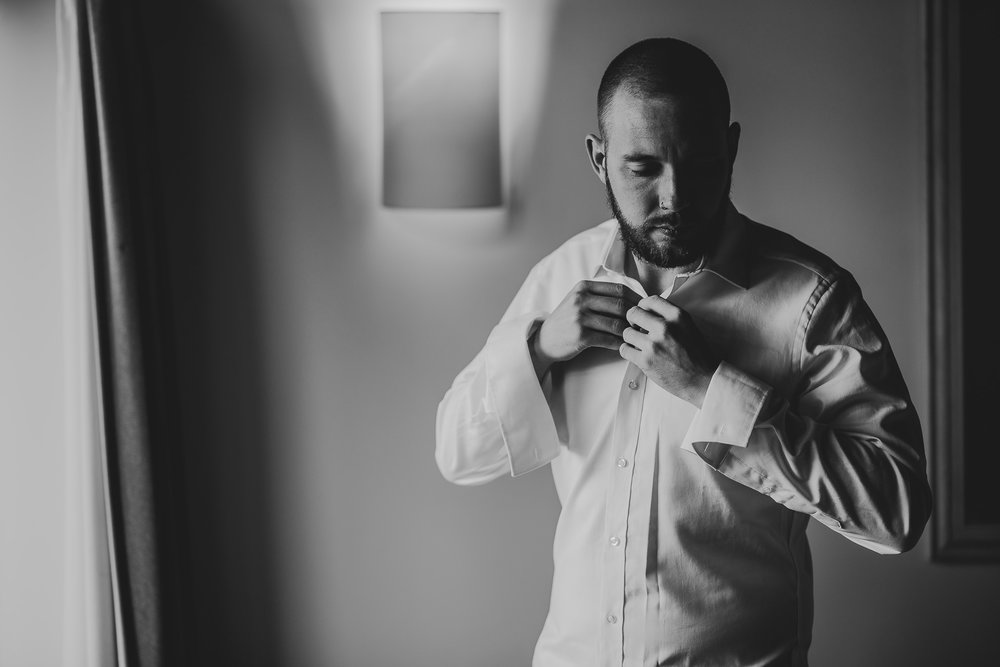 CORNWALL-WEDDING-PHOTOGRAPHER-1306.jpg