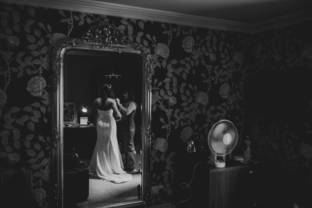 CORNWALL-WEDDING-PHOTOGRAPHER-1311.jpg