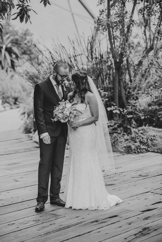 CORNWALL-WEDDING-PHOTOGRAPHER-1379.jpg