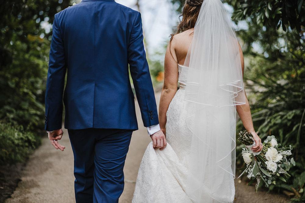 CORNWALL-WEDDING-PHOTOGRAPHER-1387.jpg