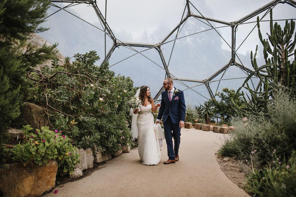 CORNWALL-WEDDING-PHOTOGRAPHER-1386.jpg