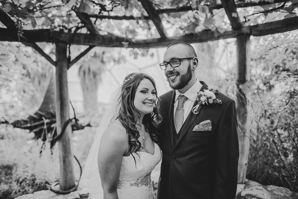 CORNWALL-WEDDING-PHOTOGRAPHER-1399.jpg