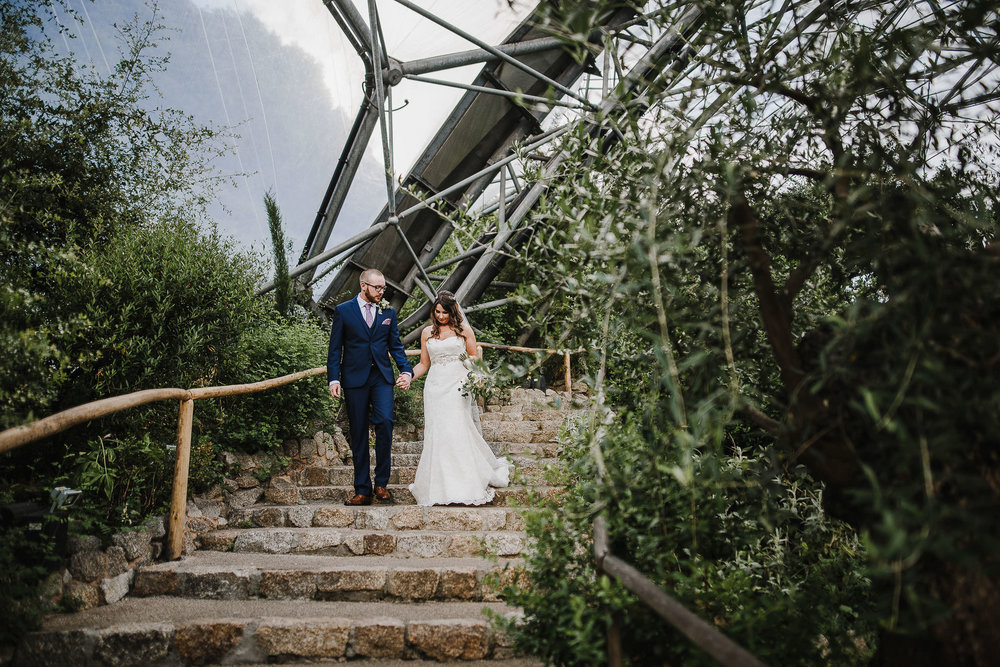 CORNWALL-WEDDING-PHOTOGRAPHER-1404.jpg
