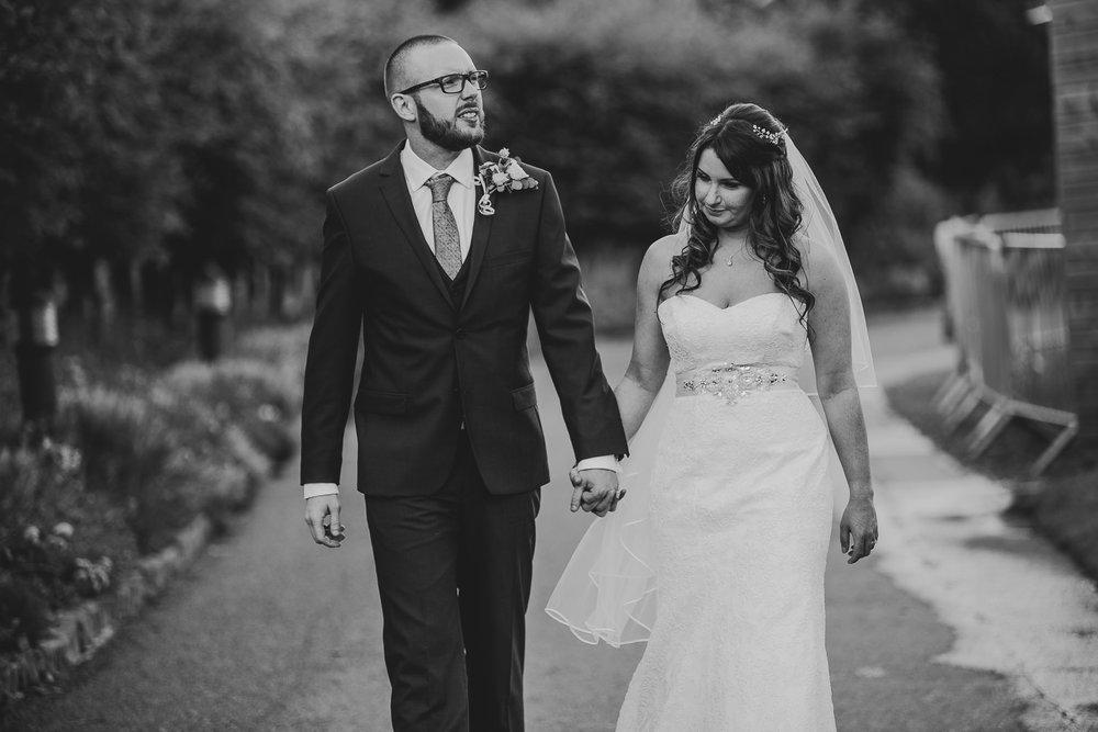 CORNWALL-WEDDING-PHOTOGRAPHER-1438.jpg